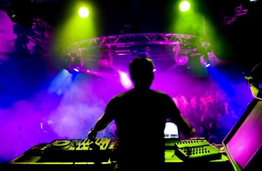 Как превратить любовь к музыке в успешный бизнес
